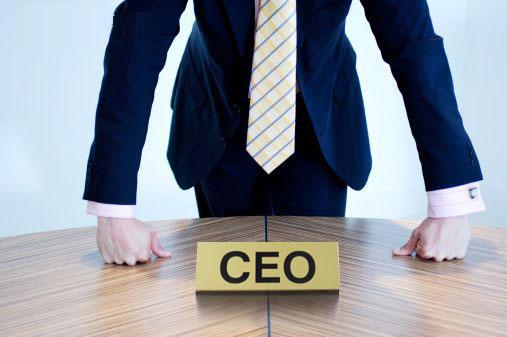 Ile zarabia zagraniczny CEO?