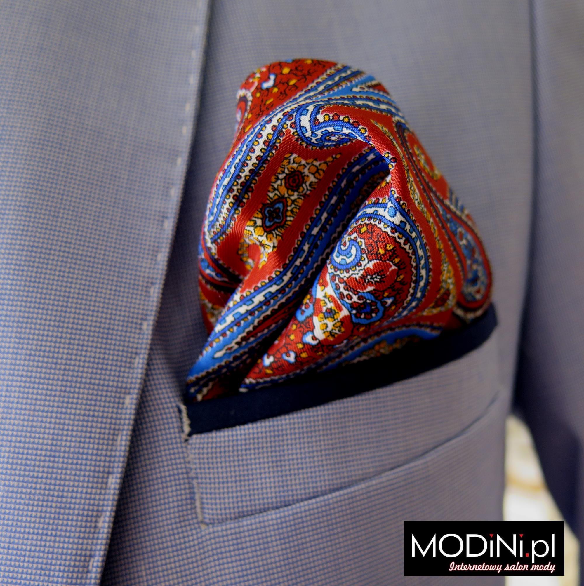 Poszetka – modny dodatek